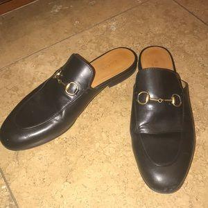 8.5 Gucci Slides
